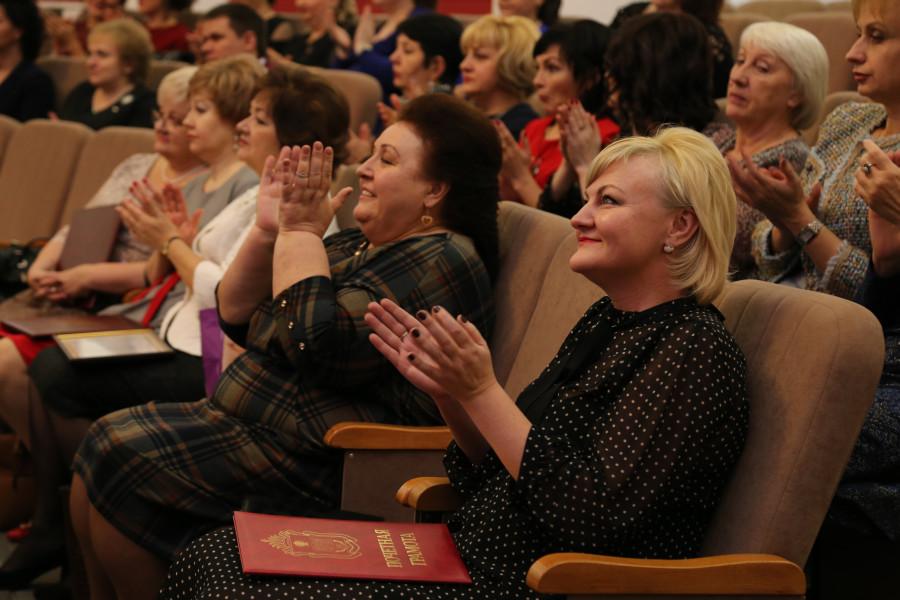 НаТамбовщине отмечают столетие содня образования органов ЗАГС РФ