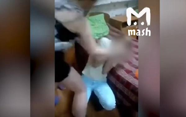 Воспитанницы социального центра вОрле избили сверстницу