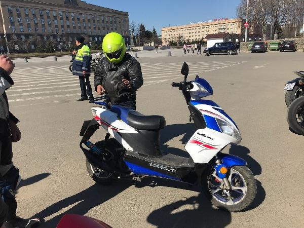 moto_salyjt002