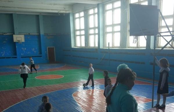 сельский спортзал