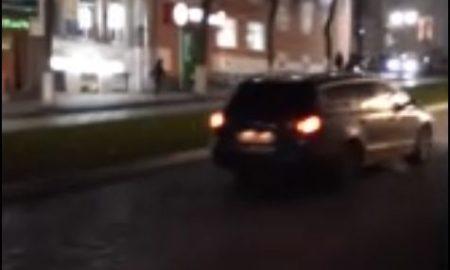 машина на ленинской