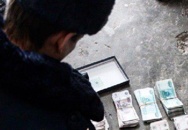 полиция, деньги