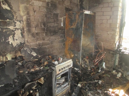 пожар, сгорела кухня