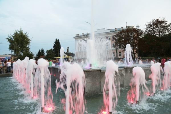 фонтан, Юность