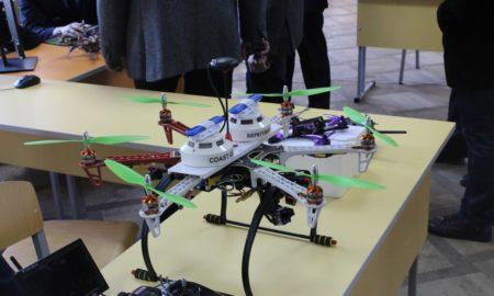 цифровая промышленность, квадрокоптер, робот