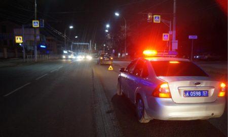 госавтоинспекция, служебная машина, инспектор, авария, пешеходный переход