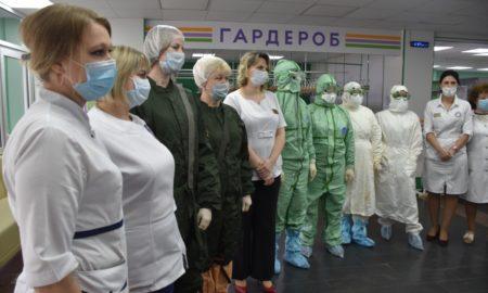 врачи, маски, медики