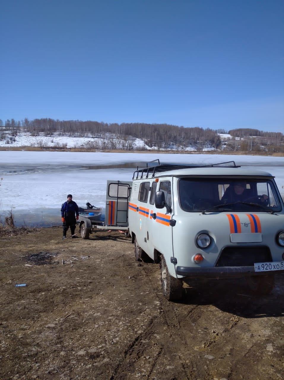 neprochnyy-led-vo-mcenskom-rayone-utonula-zhenshchina_16171054271268570989__2000x2000